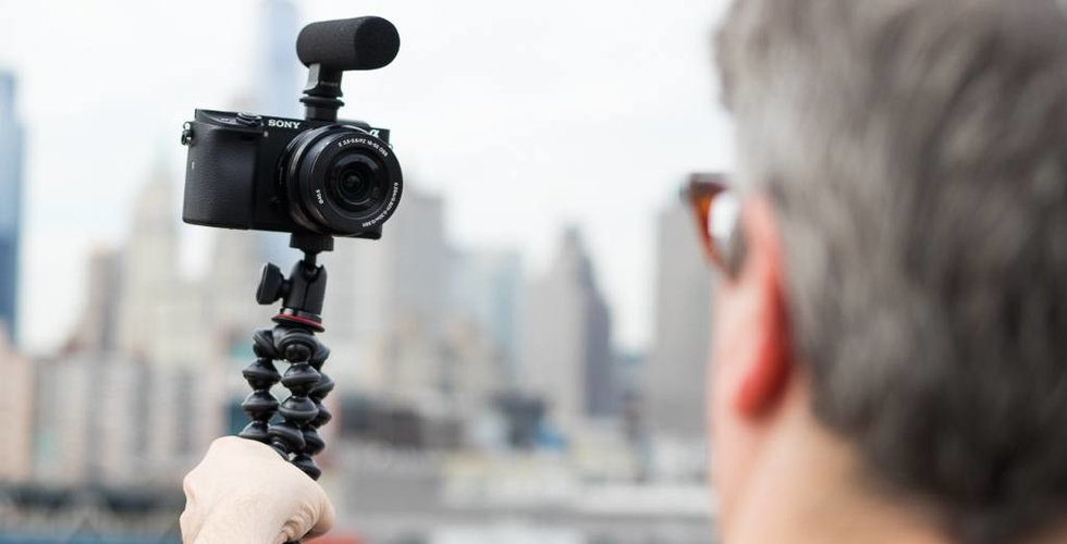 Top cameras for youtube vlogging