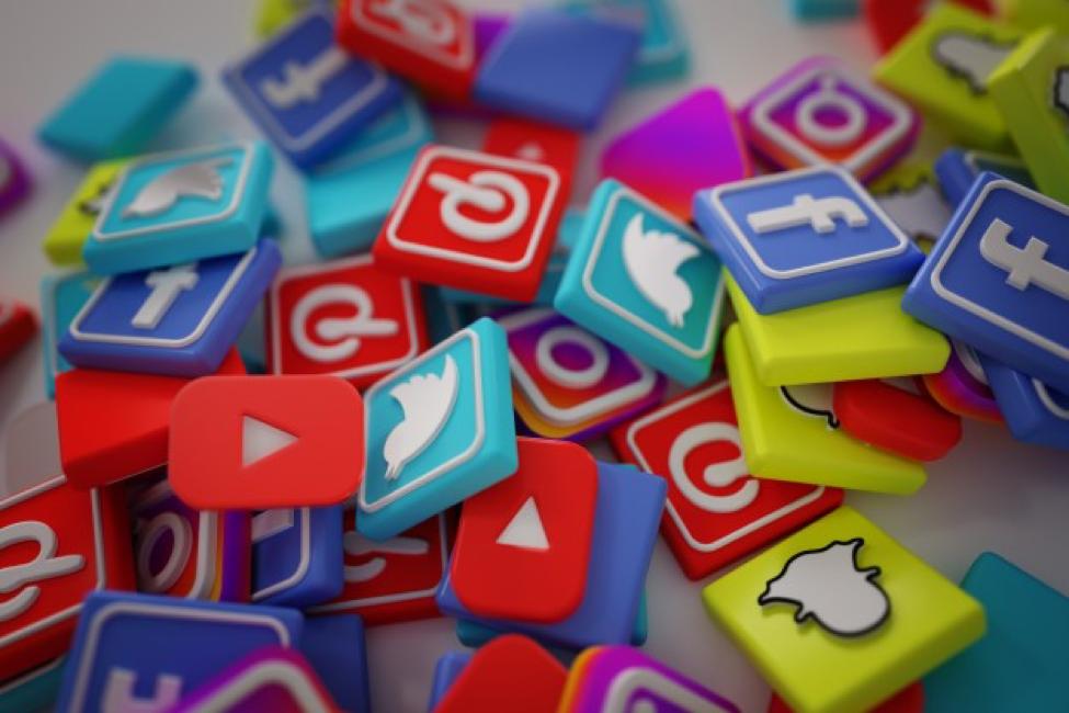 Top Five Tips For Choosing A Social Media Aggregator